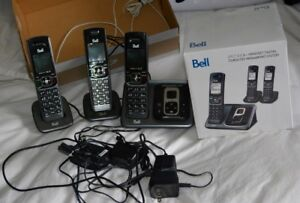 Bell cord less 3 handset phone & voicemail
