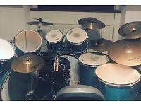 Mapex V drum kit