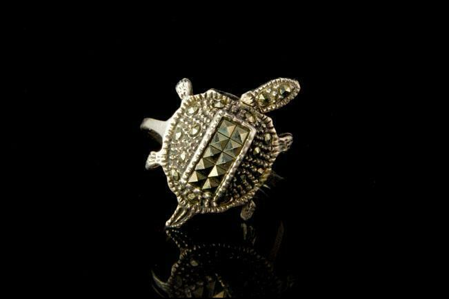 VINTAGE ART DECO TURTLE MARCASITE 925 STERLING RING A50375