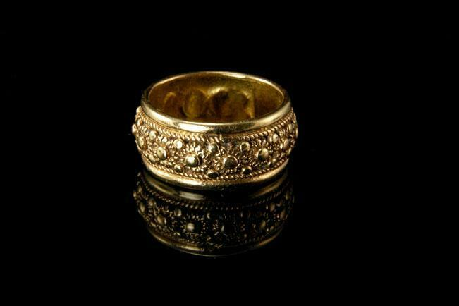 OLD VICTORIAN STYLE 14K GOLD APPLIED DECORATION CIGAR WEDDING BAND RING EJ009