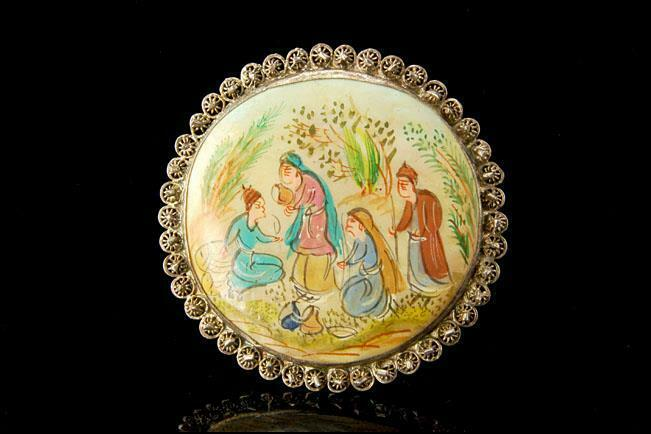ANTIQUE ASIAN HAND PAINTED MOTHER OF PEARL SILVER PIN BROOCH A802-98