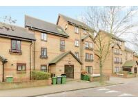 *TO RENT* FANTASTIC 4 BED HOUSE IN STRATFORD E15 1SU, AVAILABLE NOW!!