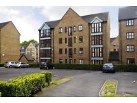 Spacious 2 bed with a separate lounge and parking moments from Bow Road & Mile End LT REF:4546471