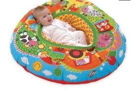 Playnest by golf and tummy time roller
