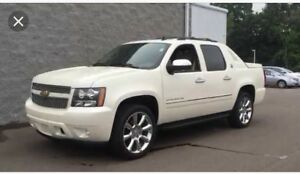 2013 Chevrolet Avalanche Sedan