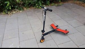 Razor PowerWing Allmost NEW Only used a few times Quakers Hill Blacktown Area Preview