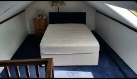 ***1 Double Bed Attic Room opposite Ealing Hospital