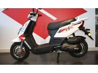 17 plate sinnis prime moped/scooter