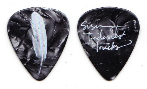 Tedeschi Trucks Susan Tedeschi Signature Gray Pearl Guitar Pick - 2019 Tour
