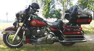 Harley Davidson FLHTCU Electra Glide Ultra-Classic