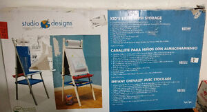KIDS EASEL WITH STORAGE