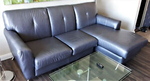 Gorgeous Contemporary SilverGrey Leather Love Seat Chais Lounge