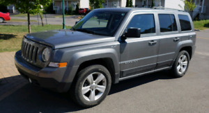 2014 Jeep Patriot 4X4  ** Low Mileage  23.800km  **  Super A1