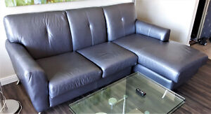 Gorgeous Contemporary SilverGrey Leather Love Seat Chais Lounge Kitchener / Waterloo Kitchener Area image 1