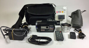 Sony HDR-PJ760V (96GB) AVC, AVCHD 3D Camcorder PLUS ACCESSORIES