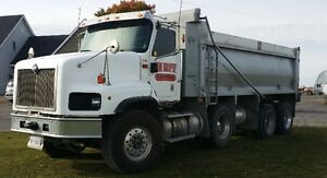 2009 International Paystar 5600i Tri-axle Dump Truck