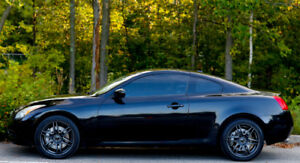 Infiniti G37x Coupe 2 Portes 2010 *Luxury Package* A Voir!