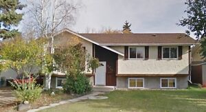 Lovely LEDUC Bi-Level located in South Park