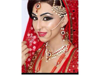 Bridal make up artist