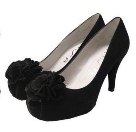 73eebbf66ae3 Unisa Shoes