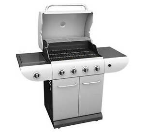 Master Chef E500 Gas BBQ last week moving sale
