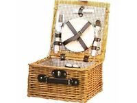 Picnic hamper for two, complete, new and unused