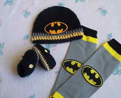 Crochet baby Batman hat, booties and leg warmers (0-3 months, 3-6 - Batman And Baby