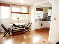 Great 1 bedroom next to Caledonian Road tube station - BARGAIN!!
