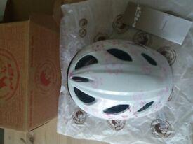 MET Girls cycle helmet