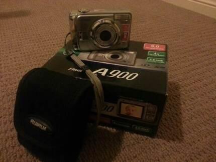 Fuji digital camera Springfield Lakes Ipswich City Preview