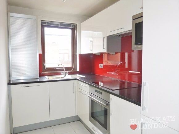 Great one double bedroom apartment a short walk from the high street in West Hampstead