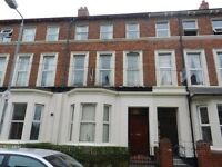3b Lawrence Street, 5 Bed apartment available Botanic Area £1100PCM, September 16
