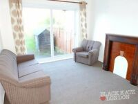4 Bedroom House in Crest Road, DOLLIS HILL NW2