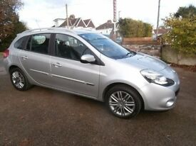 Car Renault Clio 1.2 16v Dynamique Sport Tourer 5dr Estate (Tom Tom) 2011 61 Reg