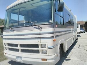 Clean,well maintained Flair Class A 29' motor home