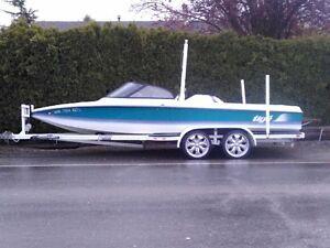 21' Tige Wakeboard/Ski Towboat - $13825 (Yarrow)