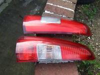 VOLVO V70 2000-2004 TAIL UPPER REAR LIGHTS.