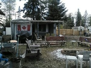 Reduced - Seasonal Trailer for sale on leased lot, Emma Lake