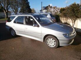 LOW MILEAGE AUTOMATIC Peugeot 306 1.6 LX 5dr Estate W Reg £895 58487k