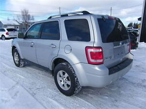 2010 Ford Escape LIMITED AWD VUS
