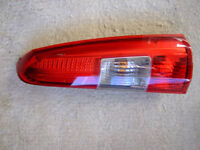 VOLVO V70 2000-2004 DRIVER SIDE UPPER REAR TAIL LIGHT.
