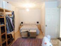 N1(Highbury Islingston) Massive 1 Bedroom Property (Split Level)(Private Balcony)