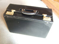 BRIEFCASE. LARGE PILOT BRIEFCASE HAND LUGGAGE BAG