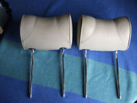 JAGUAR X308 XJ8 2001 PAIR OF REAR HEADRESTS OATMEAL LEATHER.
