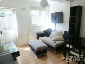 Beautiful 2 bed with private patio in Finsbury Park N4