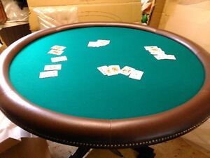 OLD Town Gaming and Dining Table _ Flips 4 POKER_ 4 Chairs_NEW