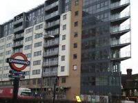 Modern 2 bedroom apartment to rent - 1 minute walk from ( Central line) Gantshill tube station