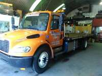 freightliner m2 (towing depanneuse ,remorqueuse plateforme)