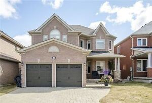 4 Beds Renovated Detached RIchmond Hill