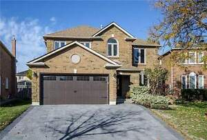 Magnificent Upgraded Custom Home in Richmond Hill